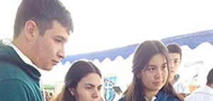 Al encuentro de los jóvenes en la feria vocacional de Linares