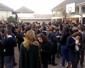 SANTIAGO- Complejo Educacional Mons.Luis A.Pérez